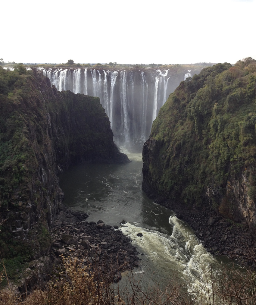 The Zambezi gorge at the Victoria Falls / Mosi oa Tunya.